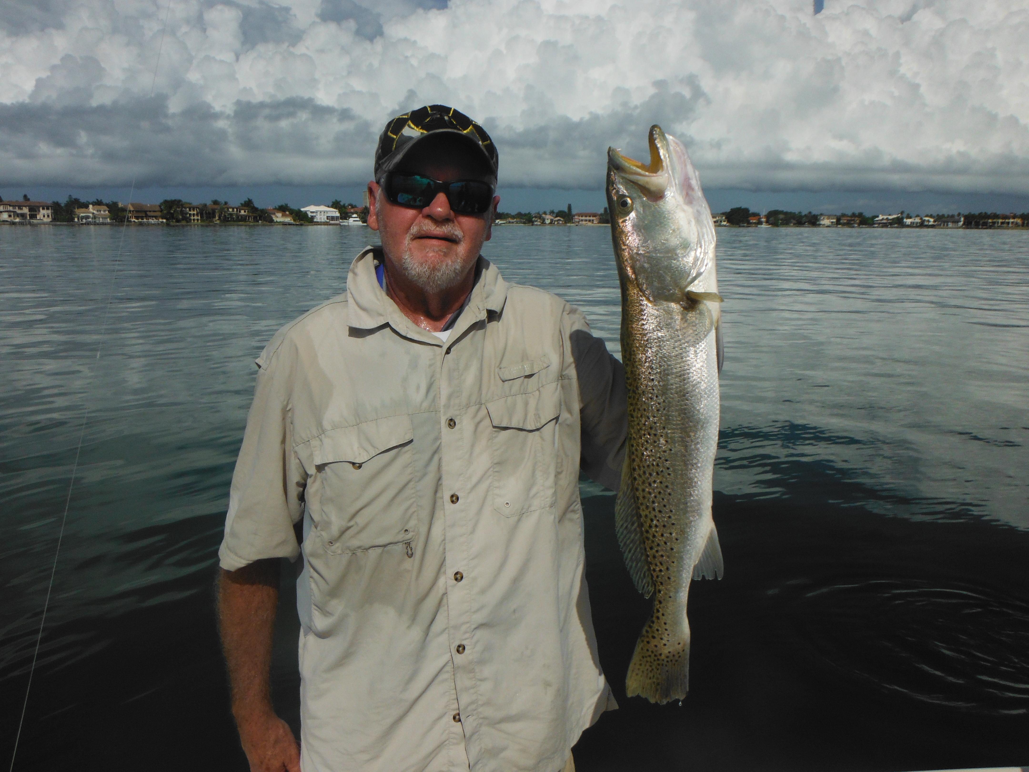 Fishing siesta key florida charter boat fishing blog for Siesta key fishing report